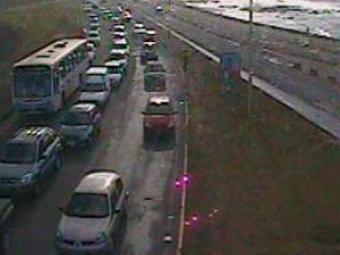 Trânsito intenso na Orla sentido Pituba - Foto: Reprodução | Transalvador