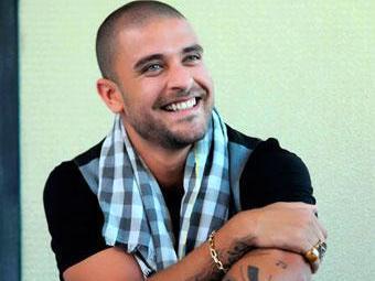 Sambista relembra sucessos e apresenta novas canções - Foto: Divulgação