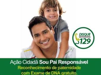 O cantor aparece ao lado do filho em campanha da Defensoria Pública - Foto: Acervo pessoal / Divulgação