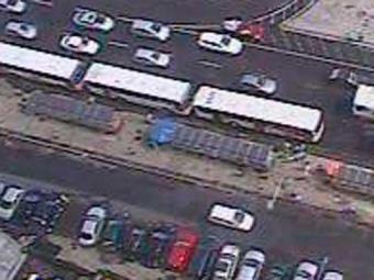 Trânsito está intenso no Comércio, mas sem retenção - Foto: Reprodução   Transalvador