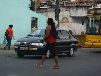 Metade dos acidentes registrados no trânsito de Salvador envolvem pedestres - Foto: Fernando Amorim   Agência t A TARDE