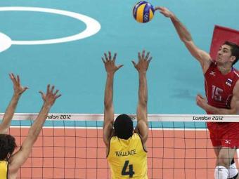Bernardinho diz que a Rússia dominou o Brasil no aspecto físico - Foto: Agência EFE