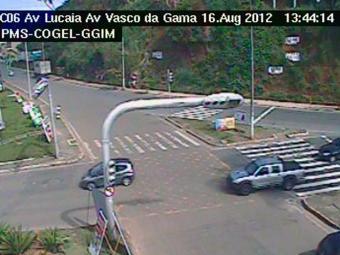Na Av. Lucaia, o fluxo ainda é pequeno - Foto: Reprodução | Transalvador