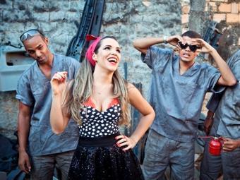 Grupo aposta nas raízes da música baiana para voltar a fazer sucesso - Foto: Caroline Paternostro   Divulgação