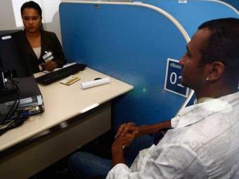 Candidatos devem procurar o Sine Bahia e Simm - Foto: Walter de Carvalho | Ag. A TARDE