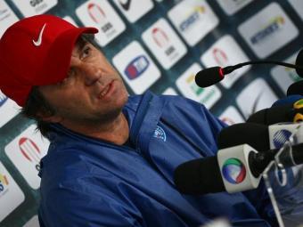 O treinador Caio Júnior terá três desfalques para a partida - Foto: Fernando Amorim | Ag. A TARDE