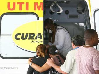 Pacientes que aguardavam vaga na UTI do HGE foram transferidos nesta terça - Foto: Raul Spinassé | Agência A TARDE
