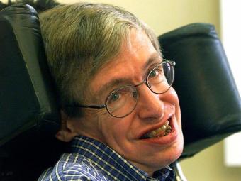 Acendimento da pira olímpica terá narração de um texto do cientista Stephen Hawking - Foto: Markus Schreiber / Agência AP