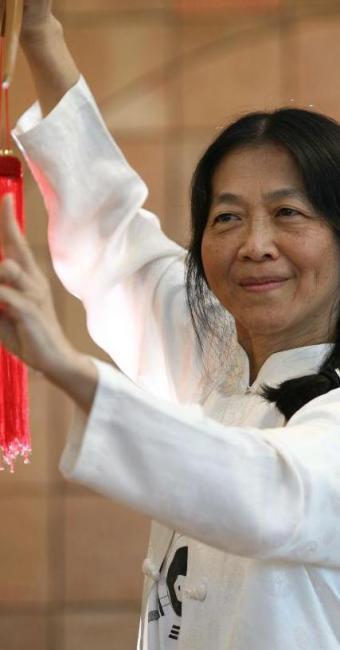 aula da mestra taoísta Jerusha Chang - Foto: Raul Spinassé | Ag. A TARDE