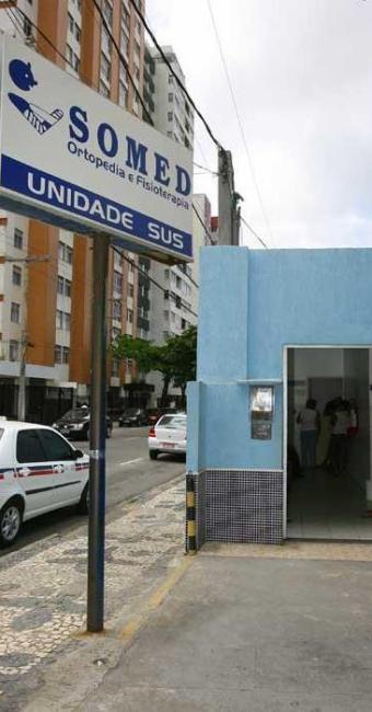 Atendimento foi suspenso em 29 clínicas particulares - Foto: Marco Aurélio Martins | Ag. A TARDE