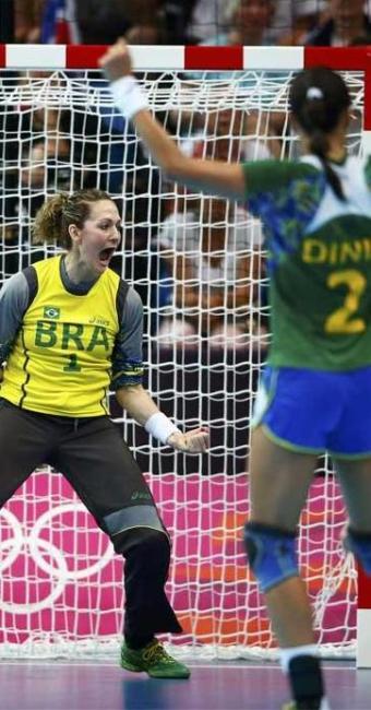 Seleção de handebol feminino joga nesta sexta contra Rússia - Foto: Marko Djurica   Agência Reuters