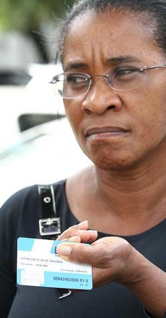 Dona Cremilda teve de esperar seis meses por consulta - Foto: Marco Aurélio Martins   Agência A TARDE