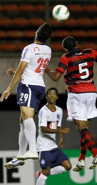 Bahia joga mal e apenas empata com o Atlético-GO, mas abre um ponto de distância sobre a Z-4 - Foto: Eduardo Martins | Agência A TARDE