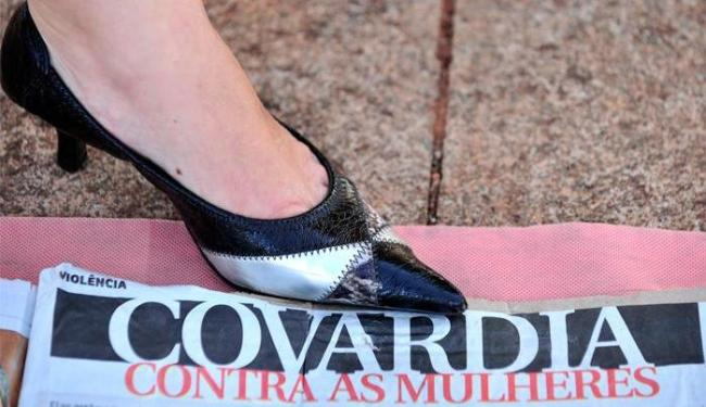 Disque 180 registrou 388,9 mil atendimentos no primeiro semestre de 2012 - Foto: Marcello Casal Jr. | Agência Brasil