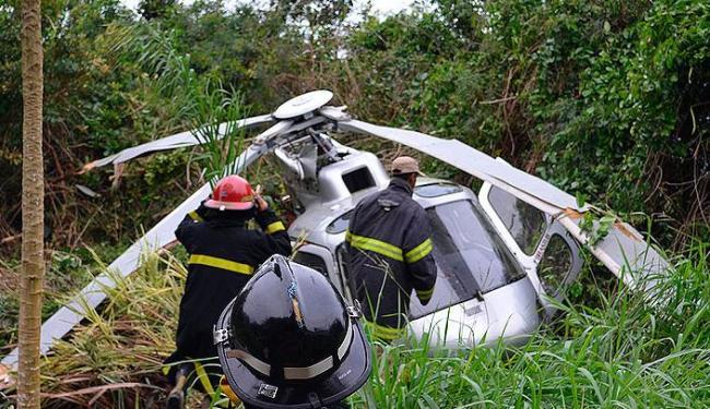 Queda pode ter sido provocada por uma rajada de vento que atingiu a calda da aeronave - Foto: Toda Hora Notícias | Reprodução
