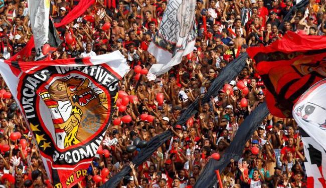 Caldeirão rubro-negro deverá pesar a favor do Vitória no duelo contra o Joinville - Foto: Eduardo Martins   Agência A TARDE