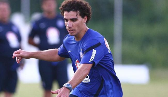 Regularizado, lateral que estava no futebol grego deve fazer a sua estreia com o Náutico - Foto: Fernando Amorim/ Ag. A Tarde
