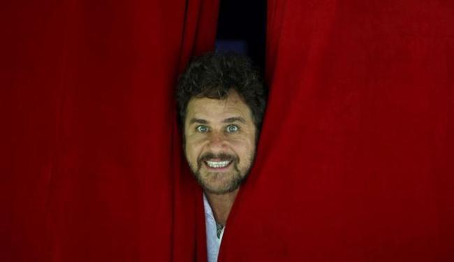 Respeitável público! Vem aí Marcos Frota - Foto: Hudson Pontes | Agência O Globo