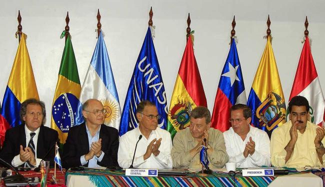Chanceleres manifestam solidariedade e pedem aos países que continuem diálogo - Foto: José Jácome l Agência EFE