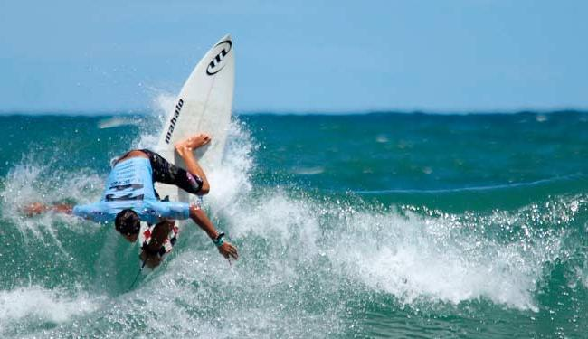 Com cerca de 450 atletas, Surf Eco Festival e Bahia Bodyboarding Show movimentarão a praia de Piatã - Foto: Fabriciano Júnior   Divulgação