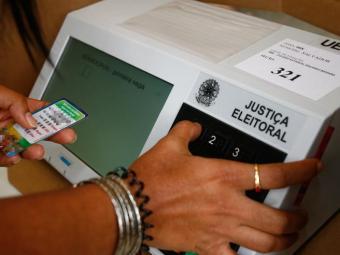 Urnas atenderão aos 10.110.122 eleitores que votarão nas eleições deste ano - Foto: Iracema Chequer | Ag. A TARDE
