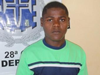Homem foi preso após assaltar turista - Foto: Divulgação | Polícia Civil