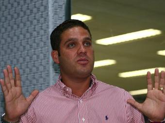 Marcelo Guimarães Filho foi punido por 30 dias por ofensas ao árbitro Cláudio Francisco Lima - Foto: Fernando Amorim/ Ag. A Tarde