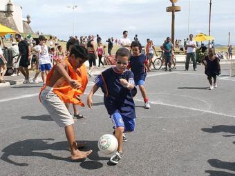 Atividades gratuitas serão oferecidas em diversos bairros, como na Barra - Foto: Divulgação | Secom