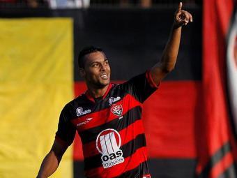 Atacante está apenas um gol atrás de Neto na artilharia do Vitória na Série B - Foto: Eduardo Martins   Ag. A Tarde