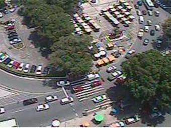 Na região do Elevador Lacerda, tráfego flui normalmente - Foto: Reprodução | Transalvador