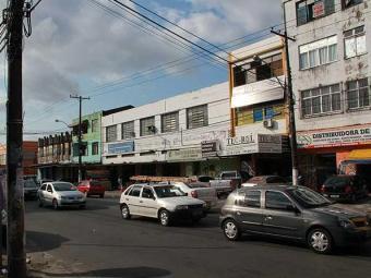 Comerciantes da Avenida Fernandes da Cunha, nos Mares, temem insegurança no bairro - Foto: Joá Souza | Agência A TARDE