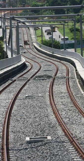 Atraso no projeto pode deixar trilhos mais tempo sem uso - Foto: Haroldo Abrantes | Ag. A TARDE