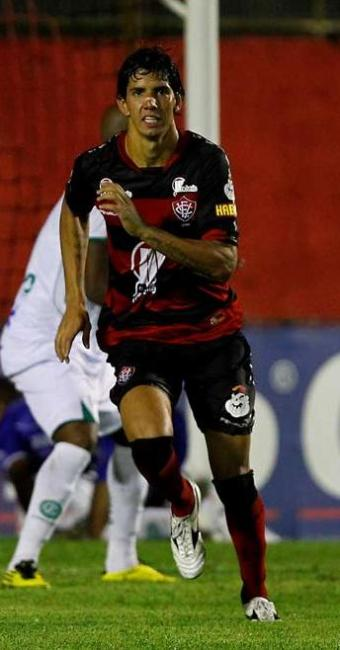 Para Victor, jogo com Goiás não tem sabor de revanche, mas Vitória
