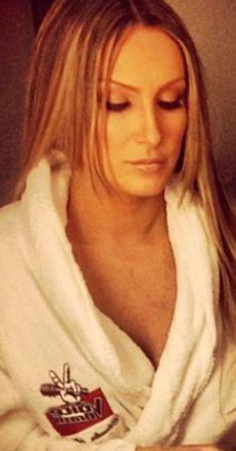 Claudia estreia como jurada do reality The Voice neste domingo - Foto: Reprodução