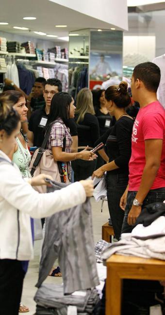 Economista alerta que o país deve adotar crédito responsável - Foto: Luciano da Matta   Ag. A TARDE
