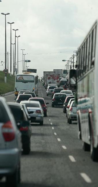 80% dos envolvidos em acidentes são homens, com faixa etária de 18 a 39 anos - Foto: Gildo Lima | Ag. A TARDE