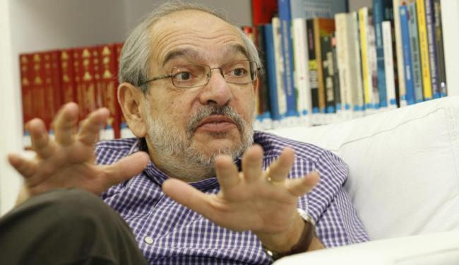 Mário Kertész representa a coligação