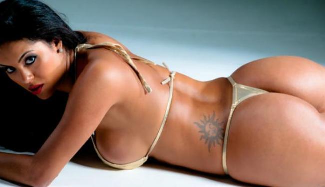 Alinne acredita que vai ganhar o concurso Miss Bumbum 2012 - Foto: Nelson Miranda | Divulgação