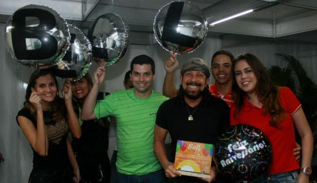 O cantor foi parabenizado por fãs durante show em Paulista, em Pernambuco - Foto: Fred Pontes | Divulgação