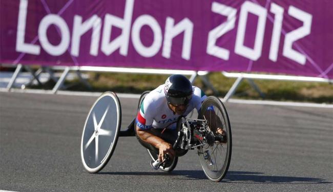 Zanardi venceu o ouro com a handbike, espécie de bicicleta movida com as mãos - Foto: Andrew Winning   Agência Reuters