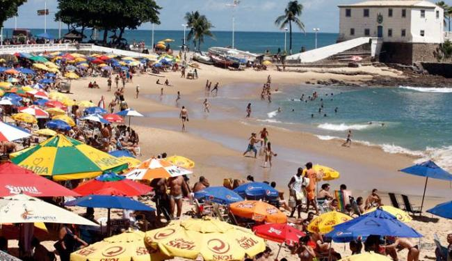Por causa da chuva, banhistas devem evitar algumas praias de Salvador e Região Metropolitana - Foto: Lúcio Tavora   Ag. A TARDE