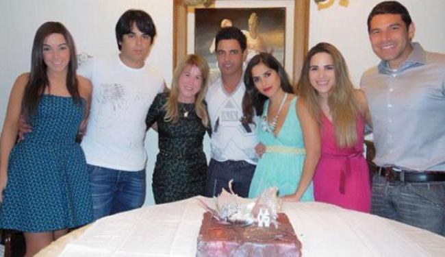 Zilu Camargo posta foto da família reunida em aniversário de Zezé - Foto: Divulgação | Instagram