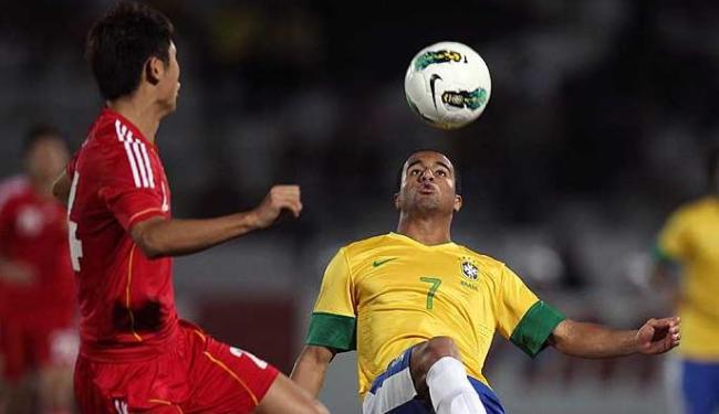 Adversário fraco e gol contra na vitória do Brasil sobre a China - Foto:   Ag. A TARDE
