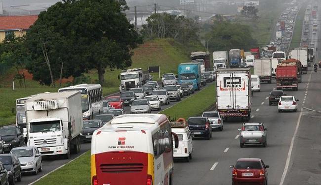 Durante período de obra, equipes de inspeção regularizam trânsito no local - Foto: Marco Aurélio Martins   Ag. A TARDE