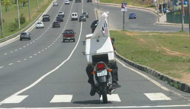 Entre as vagas, há oportunidade para motoboy - Foto: Carlos Casaes | Arquivo | Ag. A TARDE