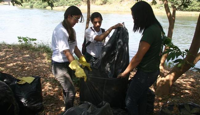 Resíduos recolhidos por voluntários somaram 6 toneladas - Foto: Miriam Hermes | Ag. A TARDE