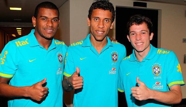 Da esquerda p/ direita: Fernando, Marcos Rocha, Bernard, três dos cinco estreantes no amistoso - Foto: Rafael Ribeiro / CBF