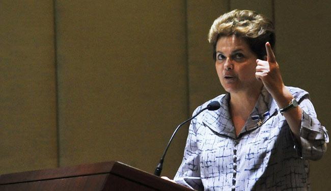 A presidente Dilma sancionou no Diário Oficial lei que cria incentivos à inovação tecnológica - Foto: Agência Brasil
