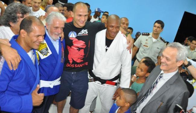O ilustre mais assediado foi Júnior Cigano dos Santos, campeão do UFC e aluno de Carlton - Foto: Danilo Oliveira/mmabahia.com.br