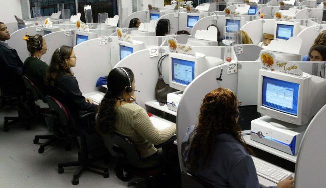Para concorrer a uma das vagas de operador de telemarketing não é necessário ter experiência - Foto: Sergio Borges | Divulgação